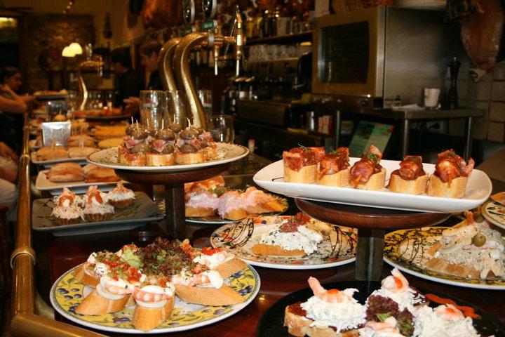 Calidad y productos frescos para disfrutar de la gastronomía tradicional junto al Boulevard en el centro de Donostia.