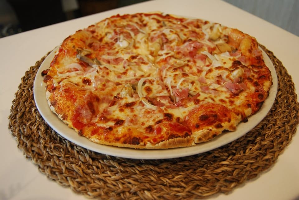 pizza-restaurante-traviatta-laredo.jpg