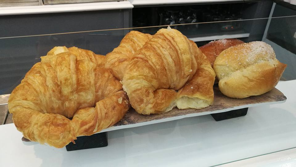 croissants-bar-cafe-sirimiri-bilbao.jpg